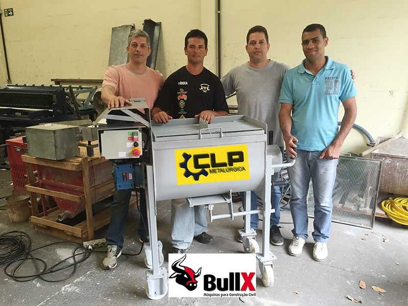BullX JET - A máquina de reboco. Projetora de argamassa